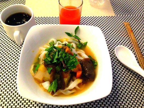 Minh Toan Galaxy: 朝食