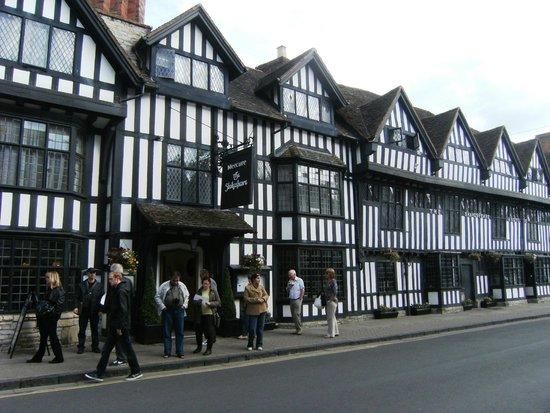 Mercure Stratford-Upon-Avon Shakespeare Hotel: Fachada do Hotel