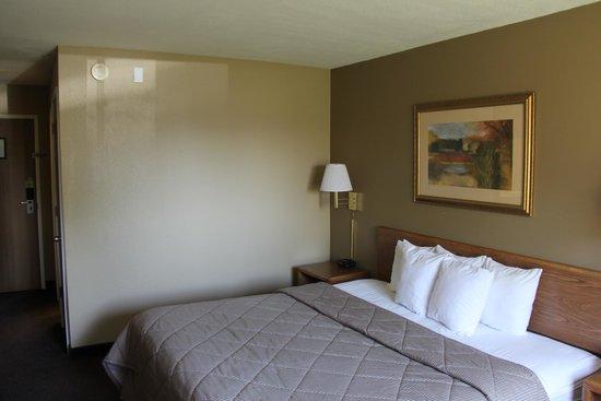 Comfort Inn: King Bed