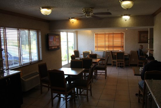 Comfort Inn: breakfast room