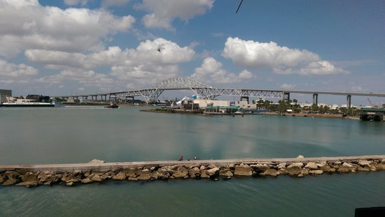 USS LEXINGTON: View of the Aquarium and the Harbor Bridge