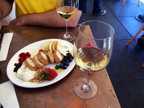 Extranomical Tours : Lunch in Napa Valley