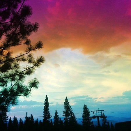 The Ritz-Carlton, Lake Tahoe: Sunset from the Ritz