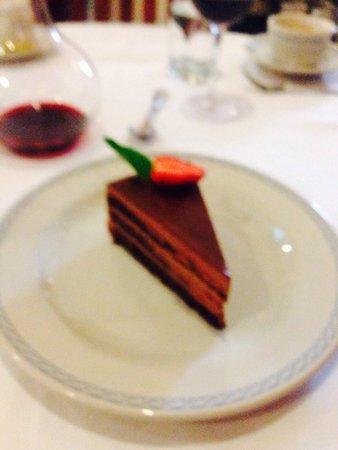 Restaurante El Cardenal: Pastel de chocolate.