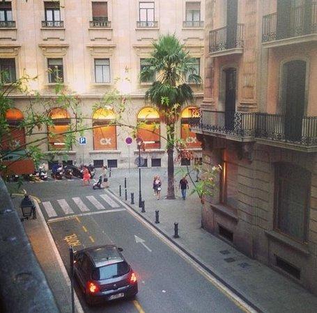 Itaca Hostel: La vista desde uno de los balcones del hostel.