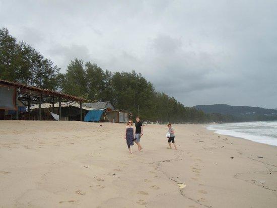 Dusit Thani Laguna Phuket : Beach between Angsana and Dusit.