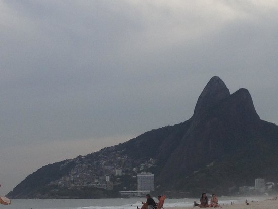 Morro Dois Irmaos: The mountains seen from Ipanema