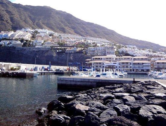 Apartamentos Poblado Marinero: Отель из порта