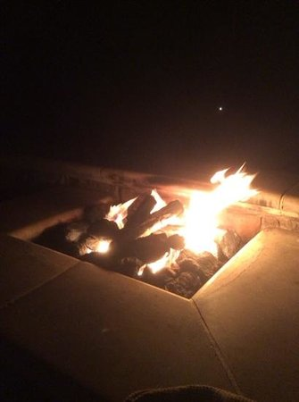 The Ritz-Carlton, Half Moon Bay: firepit