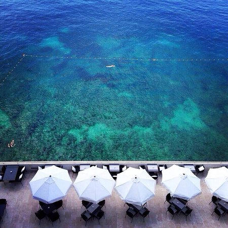 Hotel Excelsior Dubrovnik: View from lobby
