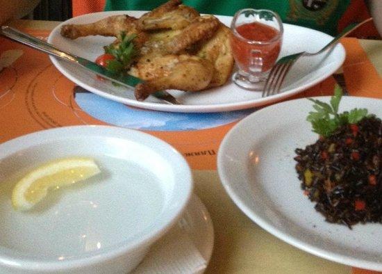 Grand cafe Apelsin: Легендарная курочка под соусом