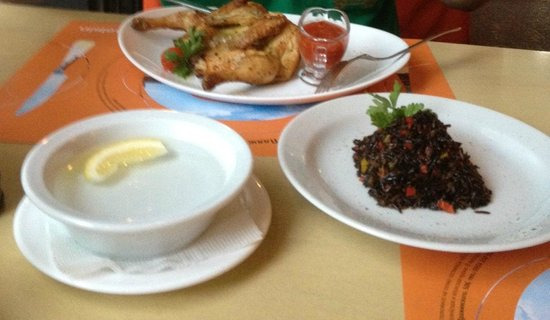 Grand cafe Apelsin: Курочка с муравьиным рисом