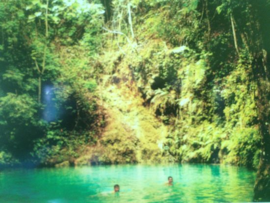 Candijay, Philippines: @ Canawa Cold Spring