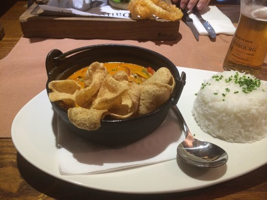 The Goose: Red Thai curry