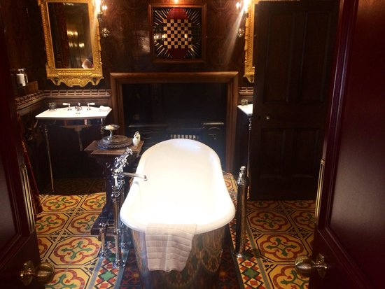 The Witchery by the Castle : Turret Suite