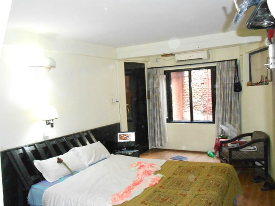 Pariwar B&B : This suite has air conditioning window facing court yard