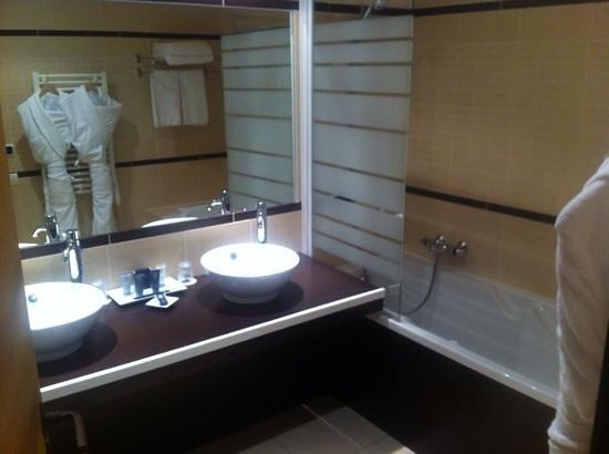 Hotel L'Arboisie : SdB suite megeve