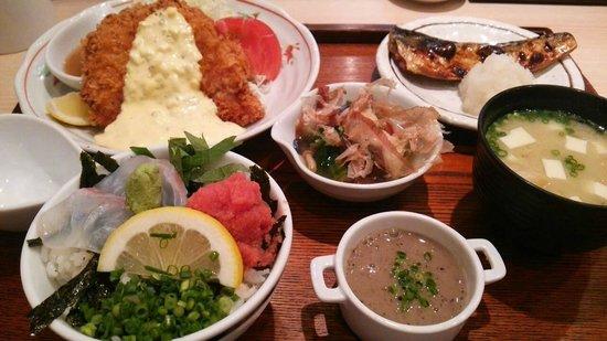 Kaisendonhinode: 白身魚&塩鯖定食をオプションでミニどんぶりにしたらこんな大騒ぎに