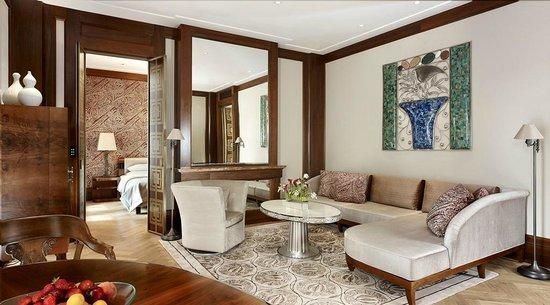 Park Hyatt Vienna: Belle Epoque Suite Living Room