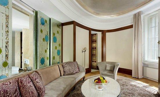 Park Hyatt Vienna: Executive Suite Living Room