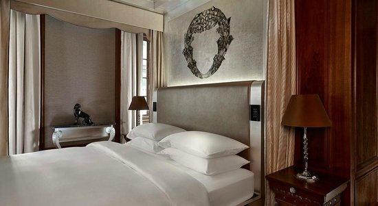 Park Hyatt Vienna: Presidential Suite Bedroom
