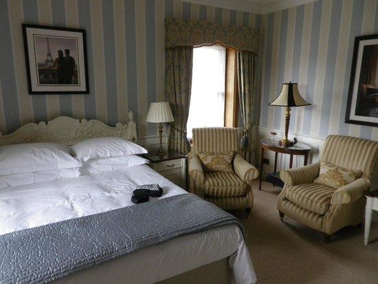 West Acre House: The Parisian room
