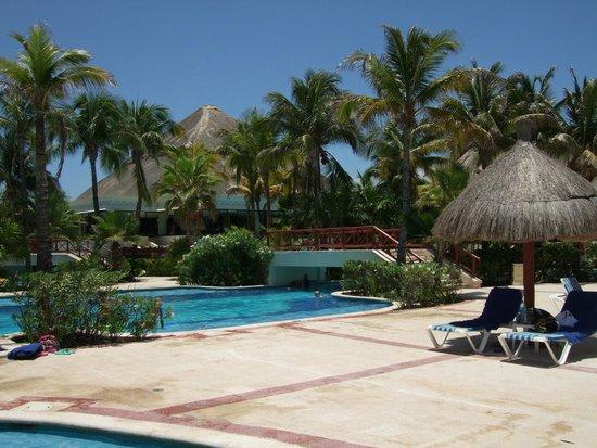 Luxury Bahia Principe Akumal Don Pablo Collection : Lazy pool
