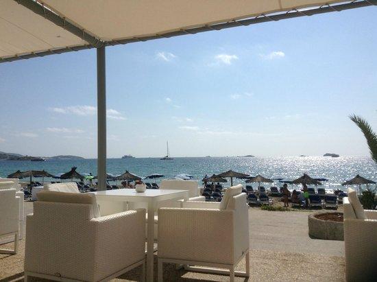 Hotel Garbi Ibiza & Spa: Chill out restaurant (sulla spiaggia)