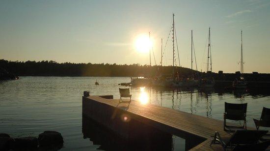 HavsVidden, BW Premier Collection: Gästhamnen i solnedgången