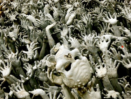 Wat Rong Khun : Hands Reaching From the Lake