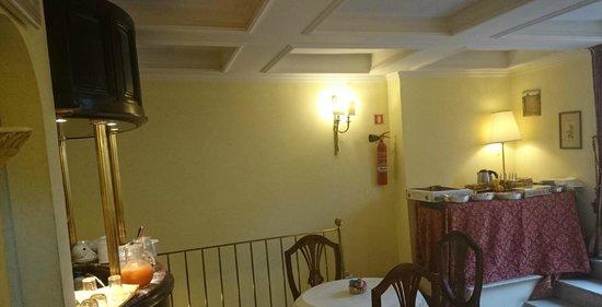 Hotel Cinquantatre: zoete buffet