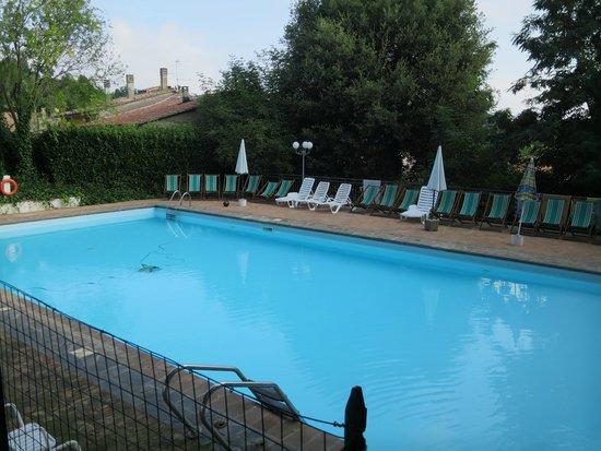 Hotel Ristorante La Pergoletta: Pool