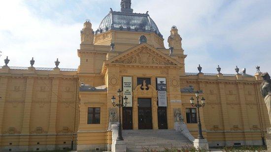 Art Pavilion (Umjetnicki Paviljon)