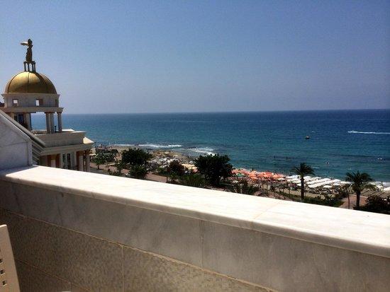 White Gold Hotel & Spa: havet vid hotellet