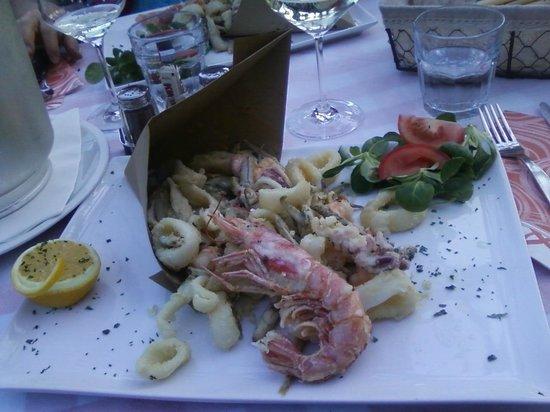 Trattoria Pizzeria Giardino: Fritto di pesce al Ristorante Giardino Cannero Riviera