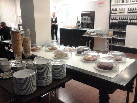 Idea Hotel Plus Milano Malpensa Airport: colazione a buffet