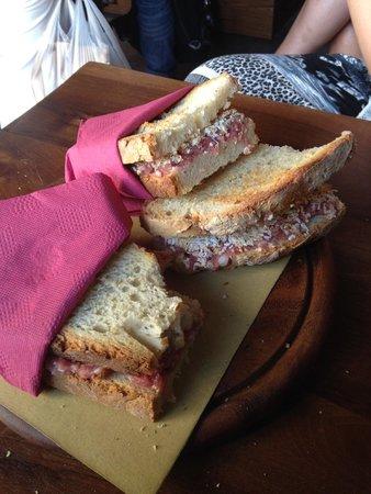 La Tana del Boia : Met truffel of met gerookte kaas!