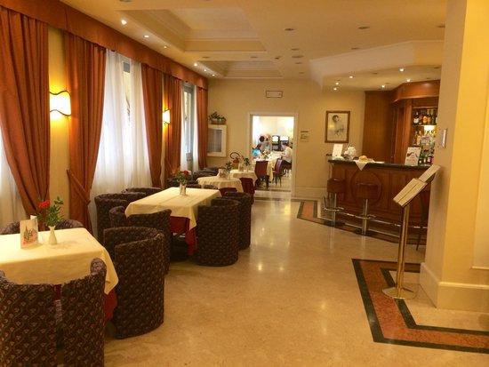 Grand Hotel Adriatico : Bar dell'albergo