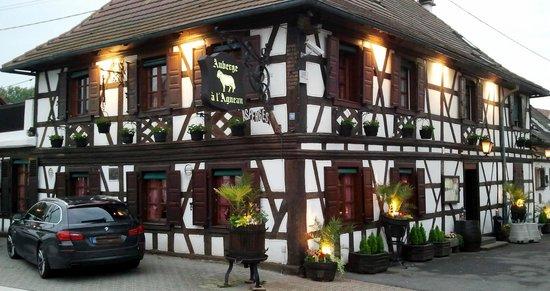 Auberge A L'Agneau : l'Agneau Roppenheim: hübsch von aussen wie von innen