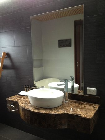 Mandarava Resort and Spa: the sink