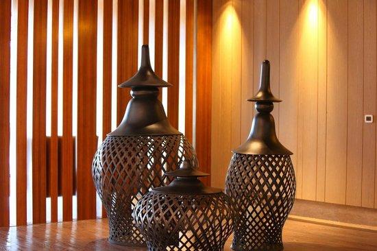 Doubletree by Hilton Chongqing Wanzhou: Art work on 2th Floor