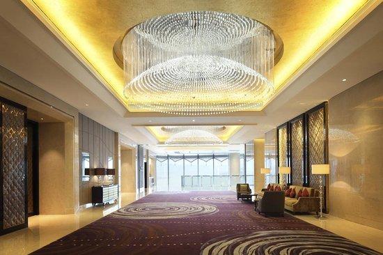 Doubletree by Hilton Chongqing Wanzhou: Corridor