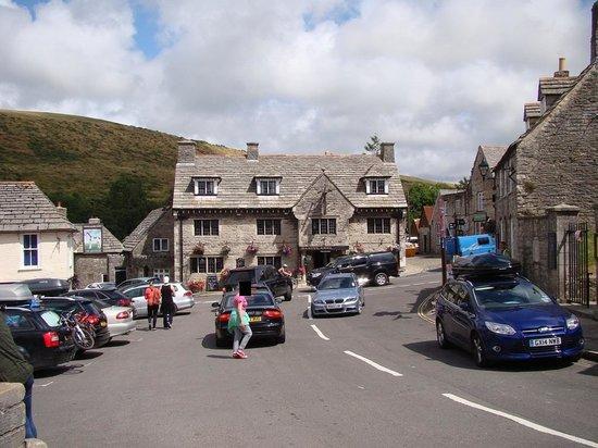 Corfe Castle: Village