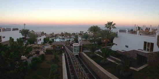 Hilton Sharm Waterfalls Resort: вид с ресторана Shish Bish