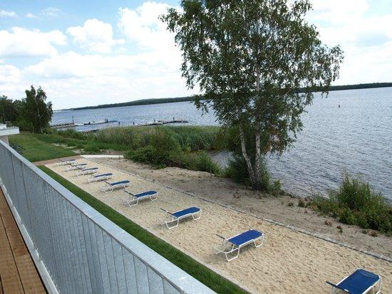 Strandhotel Senftenberger See: Ausblick aus Suite Premium