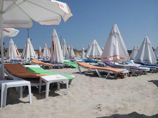 Ramo Beach: Spiaggia e sdrai