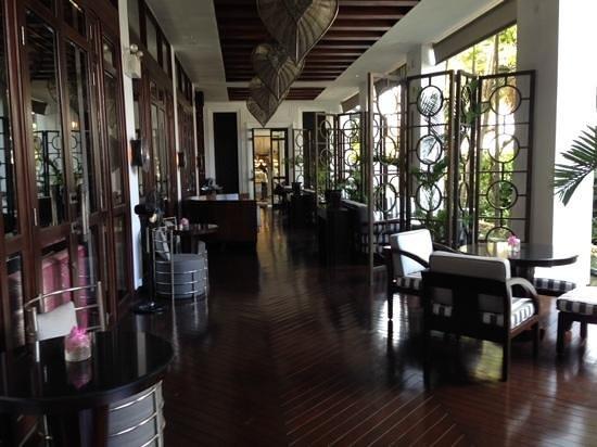 Park Hyatt Siem Reap: outside area