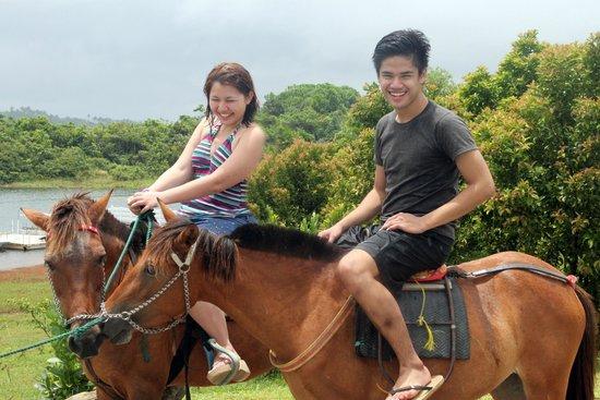 Caliraya Springs: Horseback riding!