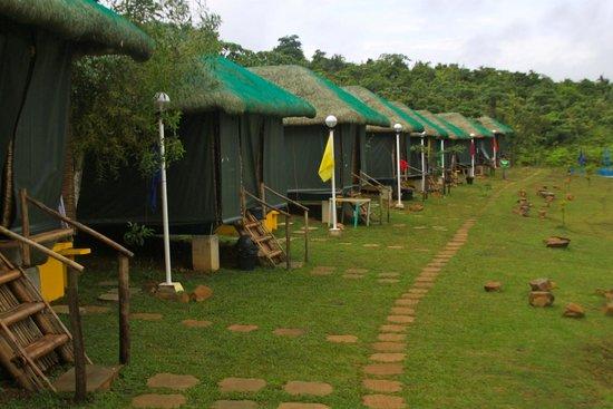 Caliraya Springs: Nipa Hut