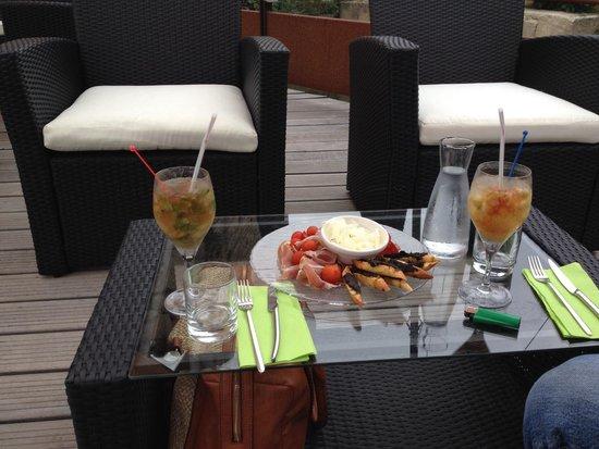 Clarion Suites Narbonne Ile Du Gua: Brasserie Flo